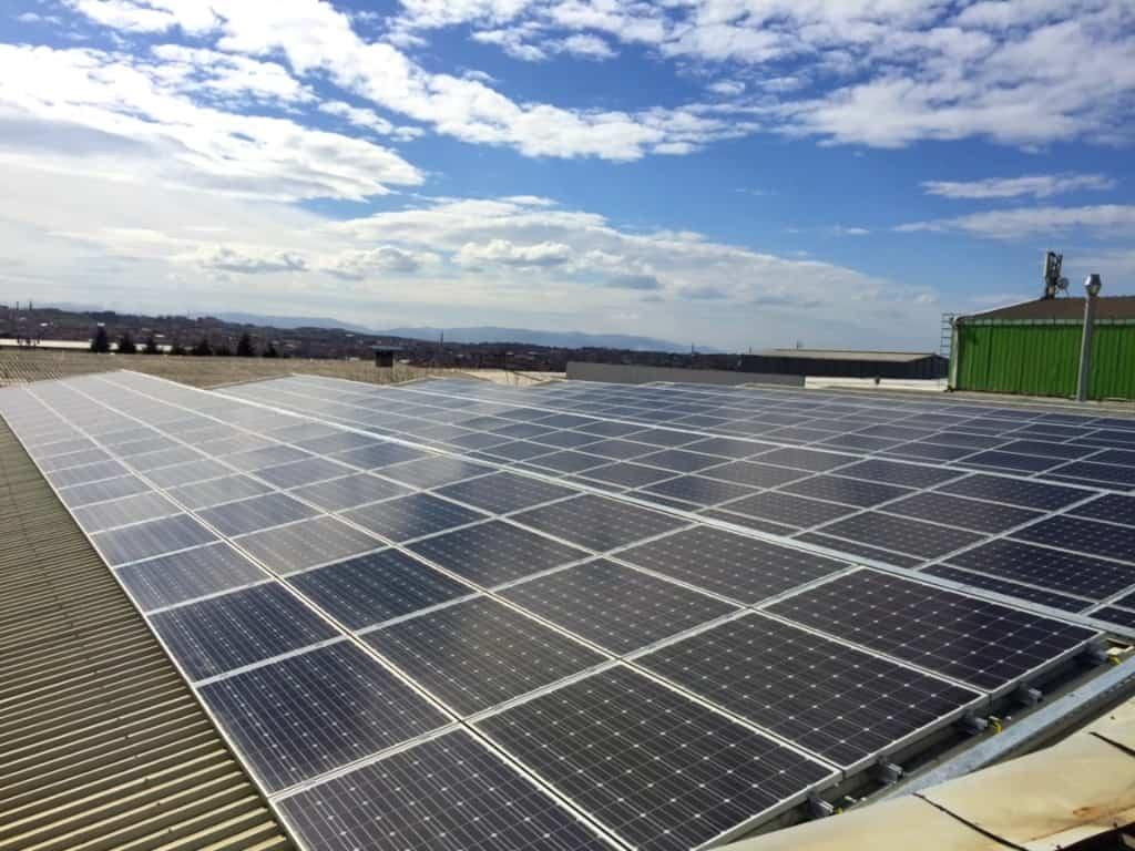 Sanayi Tesisleri İçin Güneş Enerjisi