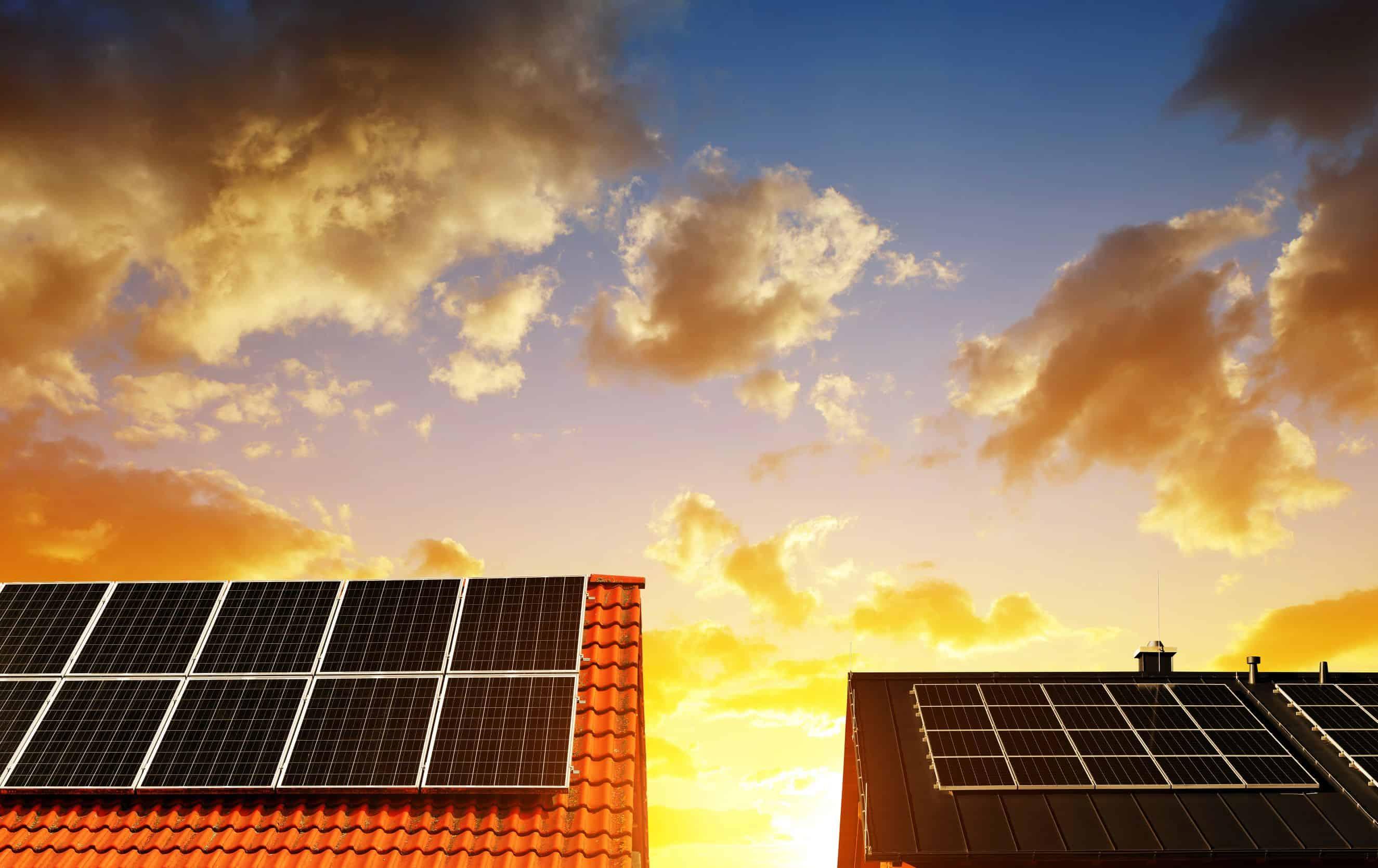 Çatınız İçin En Uygun Güneş Paneli Hangisi?